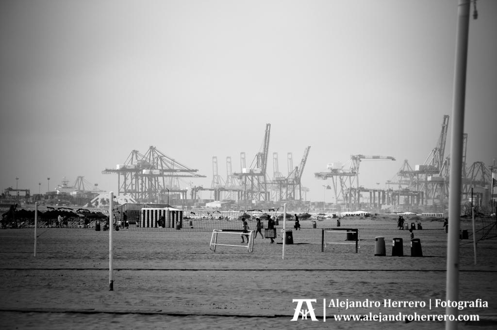 2014-08-09-Playa-Patacona-Valencia-008-BW3