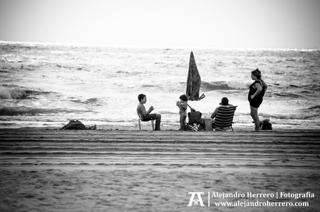 2014-08-09-Playa-Patacona-Valencia-033-BW3