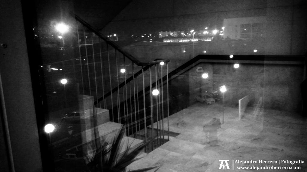 2015-01-21-Dentro-fuera-ETSID-UPV-Valencia-España-Movil-2-BW3